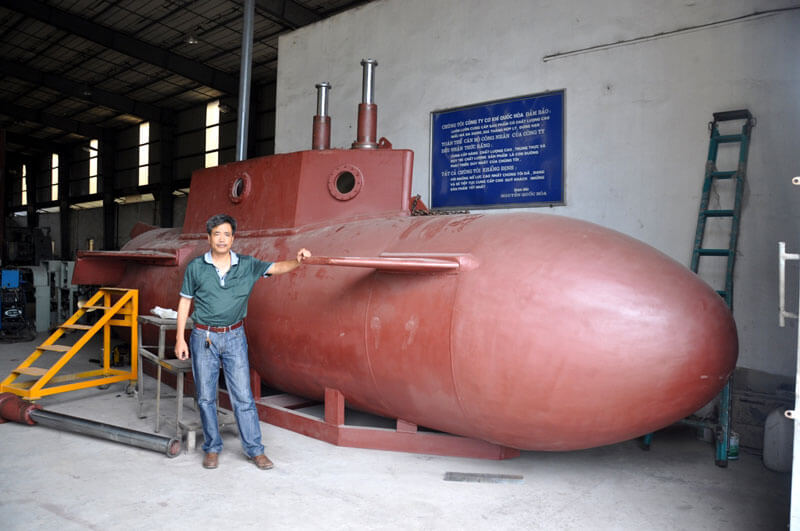 20130825082345 t1 - Doanh nhân Việt đầu tiên có tàu ngầm