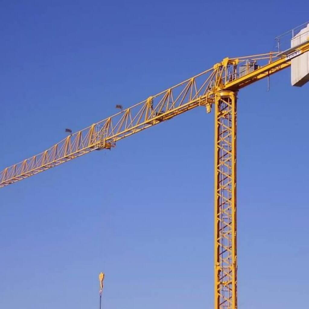 cẩu tháp 5 tấn