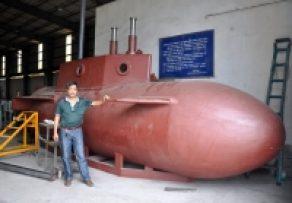 Doanh nhân Việt đầu tiên có tàu ngầm